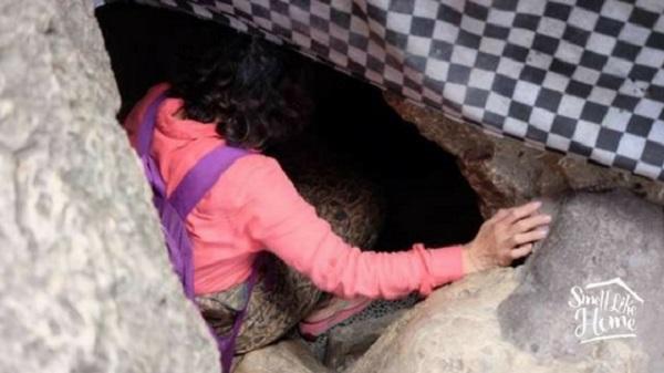 Akses Masuk ke Pura Goa Giri Putri
