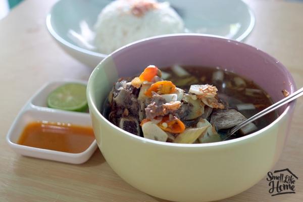 Sop Iga Asam Pedas Sop Iga Ayuk In di Denpasar