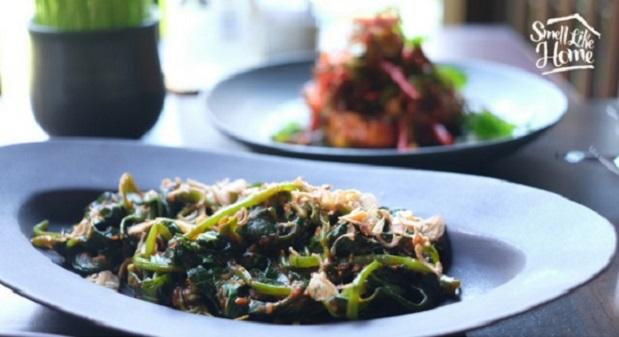 Lumbung Restaurant Kangkung Cah Balacan
