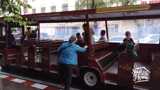 Shuttle Bus Khon Show